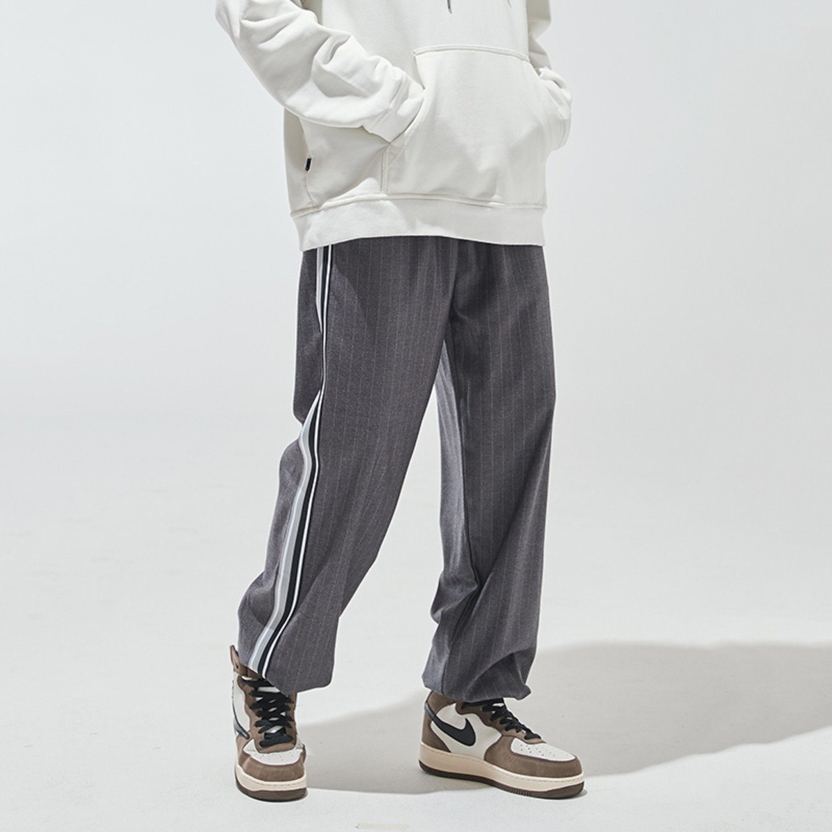 TAKA ORIGINAL 19AW STRIP SWEATPANTS-3