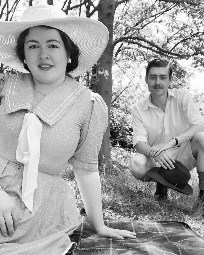 30张照片看这对未婚夫妇的三十年代复古风